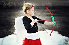 K Tobin Video: Valentine's Picture Ideas Want to do this for Alanis' Valentine Cards... anyone have a bow?