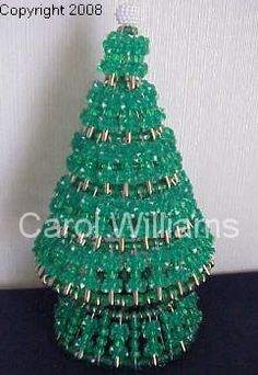 Unusual Christmas Trees, Christmas Tree Crafts, Beaded Christmas Ornaments, Homemade Christmas Gifts, Xmas, Holiday Tree, Christmas Ideas, Safety Pin Art, Safety Pin Crafts