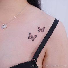 A imagem pode conter: uma ou mais pessoas 4 Tattoo, Bone Tattoos, Irezumi Tattoos, Piercing Tattoo, Body Art Tattoos, Tattoo Life, Piercings, Tattoo Baby, Tattoo Wolf