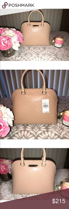 Michael Kors Cindy Handbag Brand new with tags, Michael Kors Cindy purse. Stunning nude color! Perfect for any occasion can be dressed up or even with a pair of jeans originally priced at $348. Offers are always welcome Michael Kors Bags Satchels