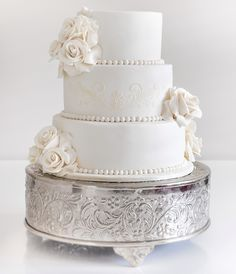 Daily wedding cake inspiration from COCO Cakes Australia. To see more: http://www.modwedding.com/2014/08/13/daily-wedding-cake-inspiration-6/ #wedding #weddings #wedding_cake