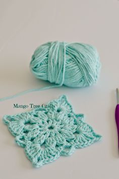 Mango Tree Crafts: Crochet Square Pattern and Photo Tutorialn ༺✿ƬⱤღ http://www.pinterest.com/teretegui/✿༻