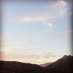El  Coll de Rates y el cielo, desde Alcalalí.
