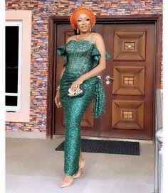 view ladies asoebi and ankara styles Latest Ankara Gown, Ankara Gown Styles, Latest Lace Styles, African Lace Dresses, Aso Ebi Styles, Lace Weddings, Wedding Lace, African Fashion, African Style