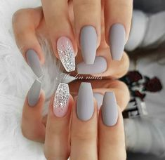 30 Cute Summer Nails Designs 2019 To Make You Look Cool And Stylish Shlack Nails Winter is the season in which we all enjoy a lot the fog, mist, snow. This is the best time of the year With Grey and White Nails Picture Credit Cute Summer Nail Designs, Cute Summer Nails, Cute Simple Nails, Summer Holiday Nails, Cute Nails For Fall, Best Acrylic Nails, Acrylic Nail Designs, Nail Art Designs, Acrylic Nails For Summer Coffin