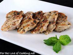 Basil Marinated Chicken Thighs 5 boneless, skinless chicken thighs 1 tbsp olive oil 1 tbsp red wine vinegar 1 clove of garlic, minced finely 1 1/2 tbsp fresh basil, chopped Sea salt and freshly cracked pepper, to taste