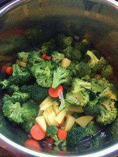 Creamy Pressure Cooker Broccoli Soup