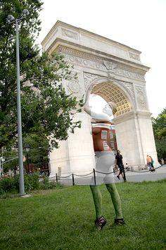 Washington Square Park_NYC_NYU_New York City_Bodypaint_Bodypainter_Body Art_Camouflage_Arch_Iconic_Jin N Tonic_Trina Merry
