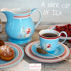 Did you know that we launched our Marie pale blue & Selma red designs back in 2005? It was our first stoneware designs ever to have more pieces than just a latte cup. They have a big place in our hearts!