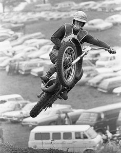 Bill Petro photograph of Jim Pomeroy from the 1972 Canadian motocross gp Vintage Biker, Vintage Motocross, Vintage Racing, Triumph Motorcycles, Vintage Motorcycles, Enduro Motocross, Bmx, Motocross Action, Monster Energy