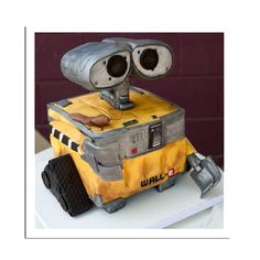 Wall-E made out of cake!