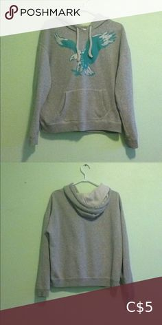 American Eagle Sweater Cozy & stretchy Perfect condition Has hardly been worn American Eagle Outfitters Sweaters Crew & Scoop Necks Wardrobe Sale, Good Brands, American Eagle Sweater, American Eagle Outfitters, Gray Color, Scoop Neck, Sweaters For Women, Cozy, Best Deals