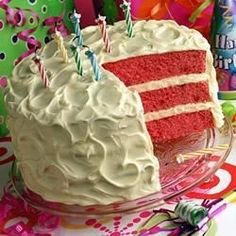 BACARDI® Mixers Strawberry Daiquiri Cake