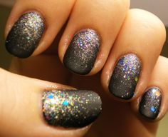quitepolished:    Here's the same mani as earlier, with a coat of Essie Matte About You    A matte glitter gradient makes a great NYE mani!