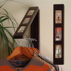 Insert your favorite images to compliment the practical clothes storage convenience of Rebrilliant in solid wood''. Create instant hanging/drying space with this unique space saving fold-away rod. Living Room Shelves, Laundry Closet, Tiny Laundry Rooms, Ideas Hogar, Simple Living Room, Small Woodworking Projects, Woodworking School, Wood Projects, Hanging Organizer