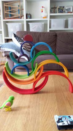 Regenboogkunstwerk door 43 jarige partner #grimm's #saartjeswereld Grimm's Toys, Baby Toys, Montessori, Grimms Rainbow, Fireworks Art, Wooden Rainbow, Building Toys, Toddler Activities, Rainbows