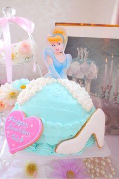 シンデレラドールケーキ ダッフィ立体ケーキ エルサドールケーキ オラフ立体ケーキ