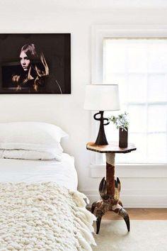 Led behind bed on wall | Idee per la casa | Pinterest