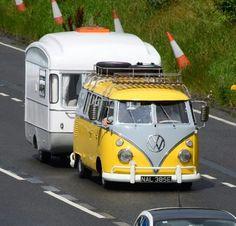 Photo Volkswagen Minibus, Volkswagen Group, Vw T1, Tiny Camper, Small Campers, Kombi Trailer, Caravan Van, Vw Pickup, Vw Camping