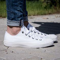 4c133390a0098 13 meilleures images du tableau Chaussures Converse