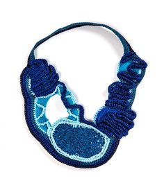 Jessica Morilla Necklace: Untitled, 2015 Cotton, wool threads. 20 x 30cm © By the author. Read Klimt02.net Copyright.