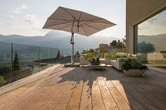 Terrasse mit Natursteinplatten Patio, Outdoor Decor, Home Decor, Natural Stones, Porches, Decoration Home, Terrace, Room Decor, Porch