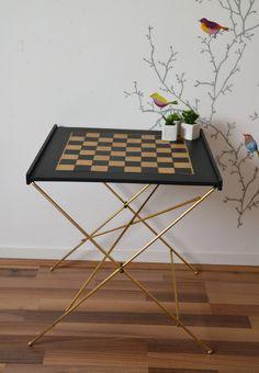 Table de jeu ( dame et échec) , pliable , cuir , métal doré de la boutique atelierdelachoisille sur Etsy