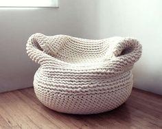Most beautiful crochet chair ever! Amaya Gutierrez Textile Designer Creates The Bdoja Crochet Sofa chair Diy Design, Design Ideas, Shape Design, Deco Pastel, Design Tisch, Crochet Home, Knitted Blankets, Knitted Pouf, Knitting Projects