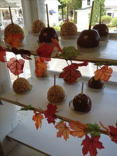 Candy Apples and Carmel Apples fall treats desserts Halloween treats