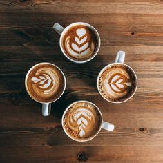 Is latte art necessary to become a barista? I Love Coffee, Coffee Break, Morning Coffee, Coffee Shot, Cafe No Bule, Coffee Facts, Coffee Drinkers, Coffee Enema, Chemex Coffee