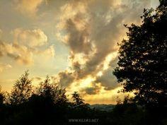 Iserlohner Aussichten #Sonnenuntergang #Iserlohn #Panorama #Natur #Waldweg #Wald #Sauerland #Wolken #Wetteraussicht #nordrheinwestfalen #NRW