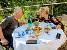 Soirée d'été pour Philippe et Elisabeth Picnic Blanket, Outdoor Blanket, Business Help, Elisabeth, Philippe, Photos, Small Meals, Natural Garden, Garden Art