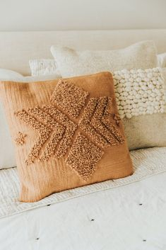 Decorative Pillow Cover - Rustic Home Decor Rustic Home Design, Home Interior Design, Punch Needle Patterns, Decoration Bedroom, Wall Decor, Room Decor, Decorative Pillow Covers, Home Decor Accessories, Boho Pillows