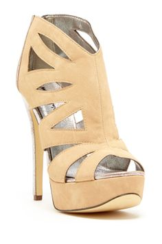 Now these are cute neutral heels.