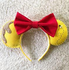 Pooh Ears Diy Disney Ears, Disney Minnie Mouse Ears, Mickey Mouse Ears Headband, Disney Diy, Walt Disney, Disneyland Trip, Disney Trips, Disney Bound Outfits, Disney Bounding
