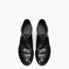 Image 2 of LEATHER ROUND TOE BLUCHER from Zara