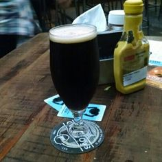 Cerveja Baby Dogma, estilo Scottish, produzida por BrewDog, Escócia. 4.5% ABV de álcool.