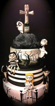 Frankenweenie Cake. Tim Burton. <3
