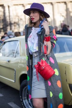 Paris Fashion Week 2015 credits: Andrea Pacini for DMODAGUIDE #pfw #paris #fashion #week #2015 #dmodaguide #hardkore79 #street #style #streetstyle #moda #blogger #model #look #outfit #woman #photo #Andrea #pacini  #chloè #mustang #ford #muscle #car #classic