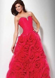 Vestido vermelho longo de formatura com rosas