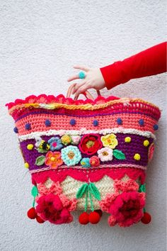 USA/UK/French Pattern/Tutorial how to make a polleviebag - crochet - Spanish Pattern, French Pattern, Crochet Handbags, Crochet Purses, Crochet Hats, Crochet Diagram, Crochet Patterns, Crochet Shell Stitch, Unique Bags