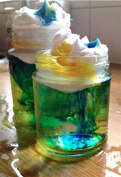 DIY rain clouds : Science activity for preschool kids, Toby & Roo :: daily inspiration for stylish parents and their kids! #ParentingToddlers