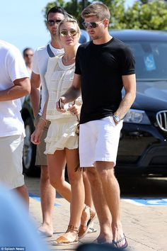 Alex Gerrard looks ethereal as she grabs a bite to eat with Steven Steven Gerrard Liverpool, Alex Gerrard, Liverpool Football Club, Liverpool Fc, Stevie G, France Football, Captain Fantastic, Steve Smith, Girls Night Out