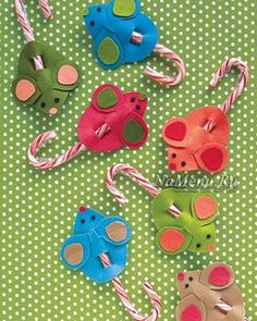 Ideas Diy Christmas Candy Gifts Martha Stewart For 2019 Christmas Candy Gifts, Diy Christmas Gifts For Kids, Felt Christmas, Holiday Crafts, Holiday Fun, Christmas Icons, Christmas Cactus, Christmas Island, Holiday Dinner