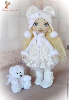 Купить Ася с мишкой - белый, кукла, авторская работа, текстильная кукла, кукла в подарок