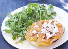 Tatin de melon au thym et chèvre frais Cooking Recipes, Healthy Recipes, Flan, Salmon Burgers, Avocado Toast, Entrees, Vegetarian, Breakfast, Cooking