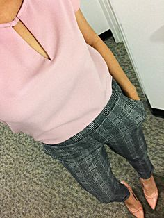 Pink top Gray pattern slacks Pink pumps Grey Pattern 69fffbf30
