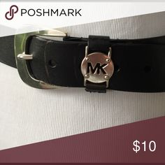 Michael Kors Belt Slight discoloration as pictured which is reason for low price. Size SM/MED Michael Kors Accessories Belts