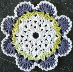 Southwestern Crochet Dishcloth By Patricia Hall - Free Crochet Pattern - See http://www.ravelry.com/patterns/library/southwestern-dishcloth For Additional Projects - (bestfreecrochet)
