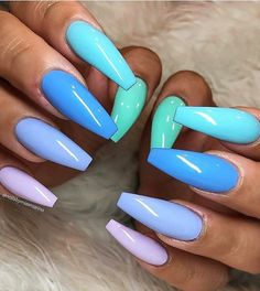 Want some ideas for wedding nail polish designs? This article is a collection of our favorite nail polish designs for your special day. Bright Summer Acrylic Nails, Blue Acrylic Nails, Blue Nails, My Nails, Summer Nails, Winter Nails, Painted Acrylic Nails, Spring Nails, Coffin Nails Long
